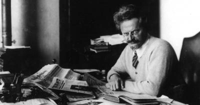 Trotsky 02